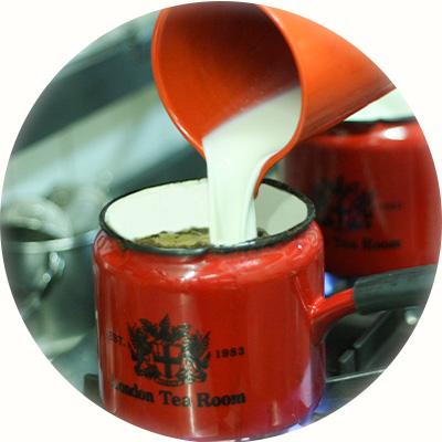 濃厚さを引き出す乳脂肪分の高い牛乳