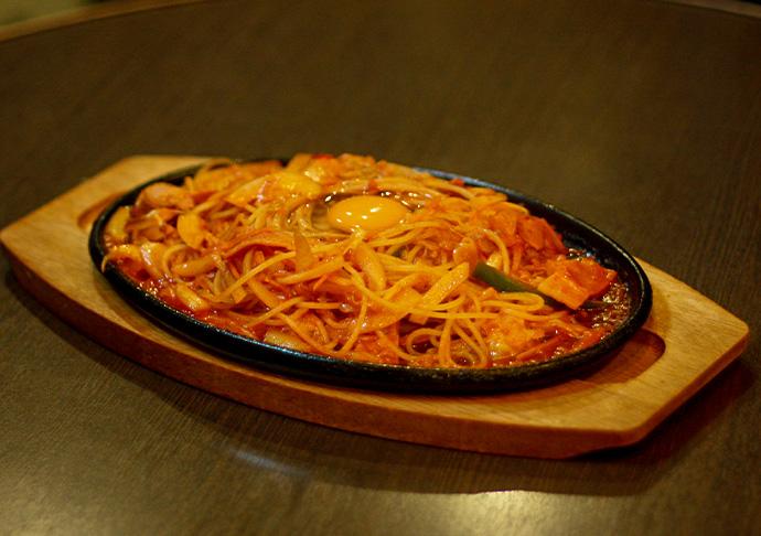 野菜たっぷり焼きナポリタン