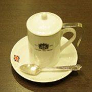 注文殺到中!? ロンドンティールームの茶漉し付きティーマグの魅力
