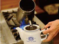 ティーポットで紅茶を美味しく淹れるための絶対条件