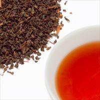 ヌワラエリヤティーの茶葉と水色の写真
