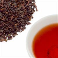 ピーチティーの茶葉と水色の写真