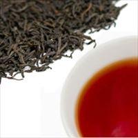ルフナティーの茶葉と水色の写真