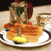 紅茶とサジェスチョン:シナモントーストの誘惑。ご家庭で作ってみませんか?写真レポ。