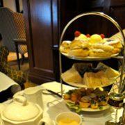紅茶の国から:ロンドン郊外のホテルでアフタヌーンティー