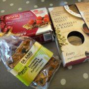 紅茶の国から:英国、「甘くない」お菓子事情