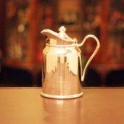 リッツ・カールトンのコーヒーポットが売れました。